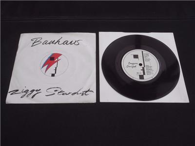 bauhaus ziggy stardust 1982 uk press 7 vinyl record single. Black Bedroom Furniture Sets. Home Design Ideas