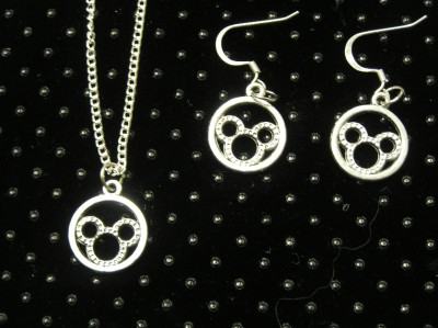 Disney mickey minnie mouse pair earrings 18 pendant FREE SHIP