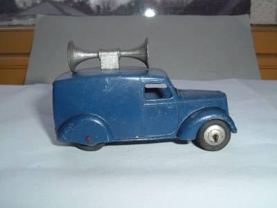 Dinky Toys  34 c or 492 Loud Speaker Van Speaker Unit