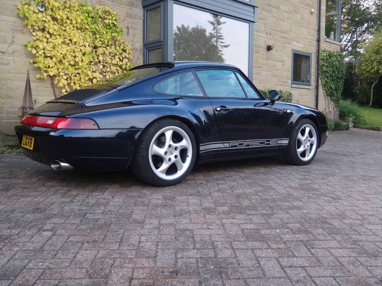 911uk com - Porsche Forum : View topic - Side stripes    If