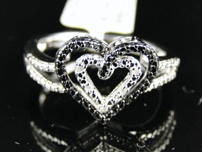Ladies White Gold Finish Black//White Diamond Heart Ring Earrings Pendant Set