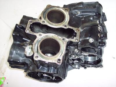 83 Honda VF750 VF 750 V45 VF750C VF750S Motor Engine Block Crankcase Crank Case