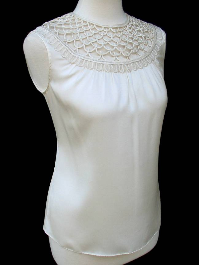Elie Tahari Ivory Silk Loop Detail Sivan Blouse Top