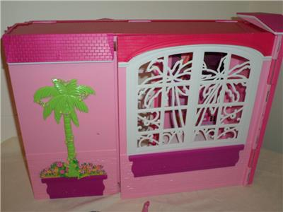 FOLD Out Barbie Pink Glam House Daybed Shower Kitchen ...