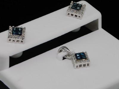 LADIES WHITE GOLD BLUE DIAMOND STUD EARRING PENDANT SET
