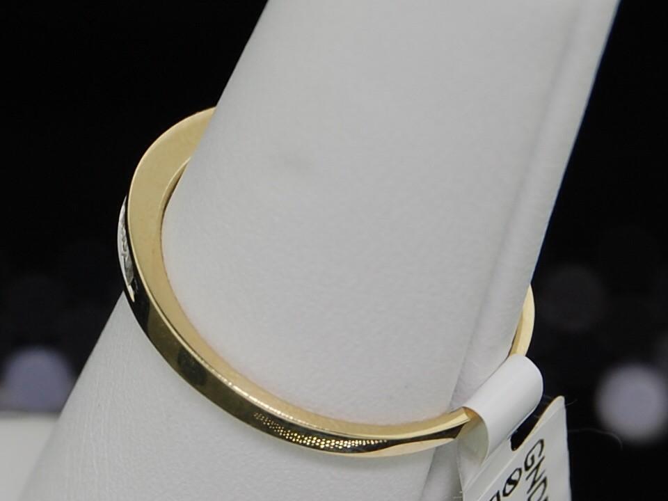 LADIES YELLOW GOLD BAGUETTE DIAMOND WEDDING BAND RING