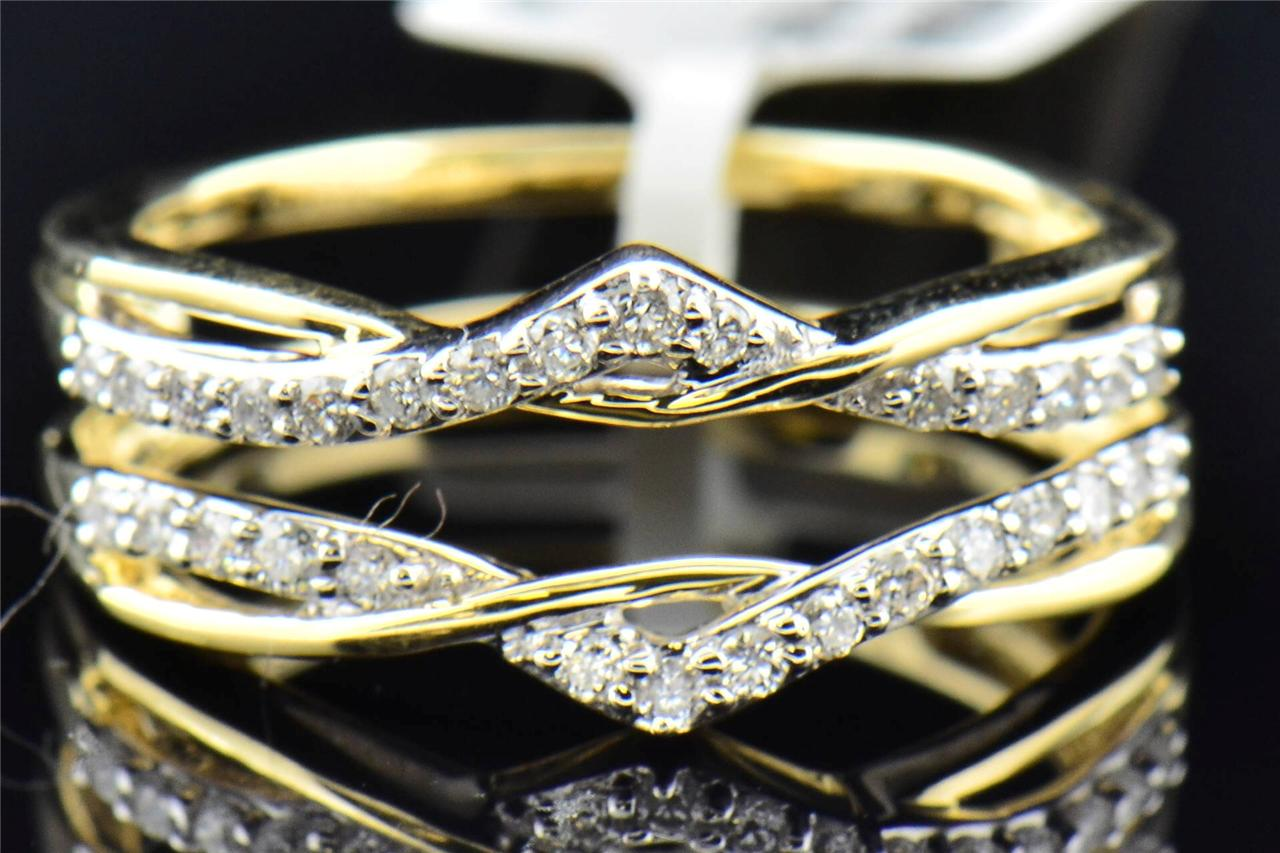 Ladies 14K Yellow Gold Round Cut Diamond Engagement