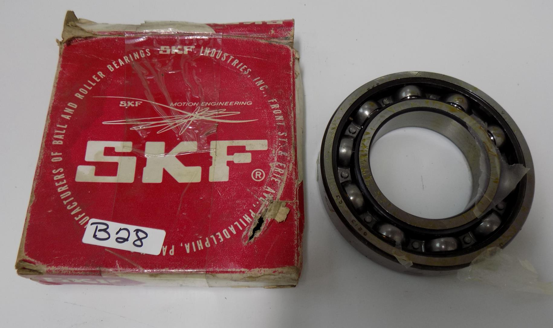 SKF SINGLE ROW BALL BEARING 6009//C3 NIB