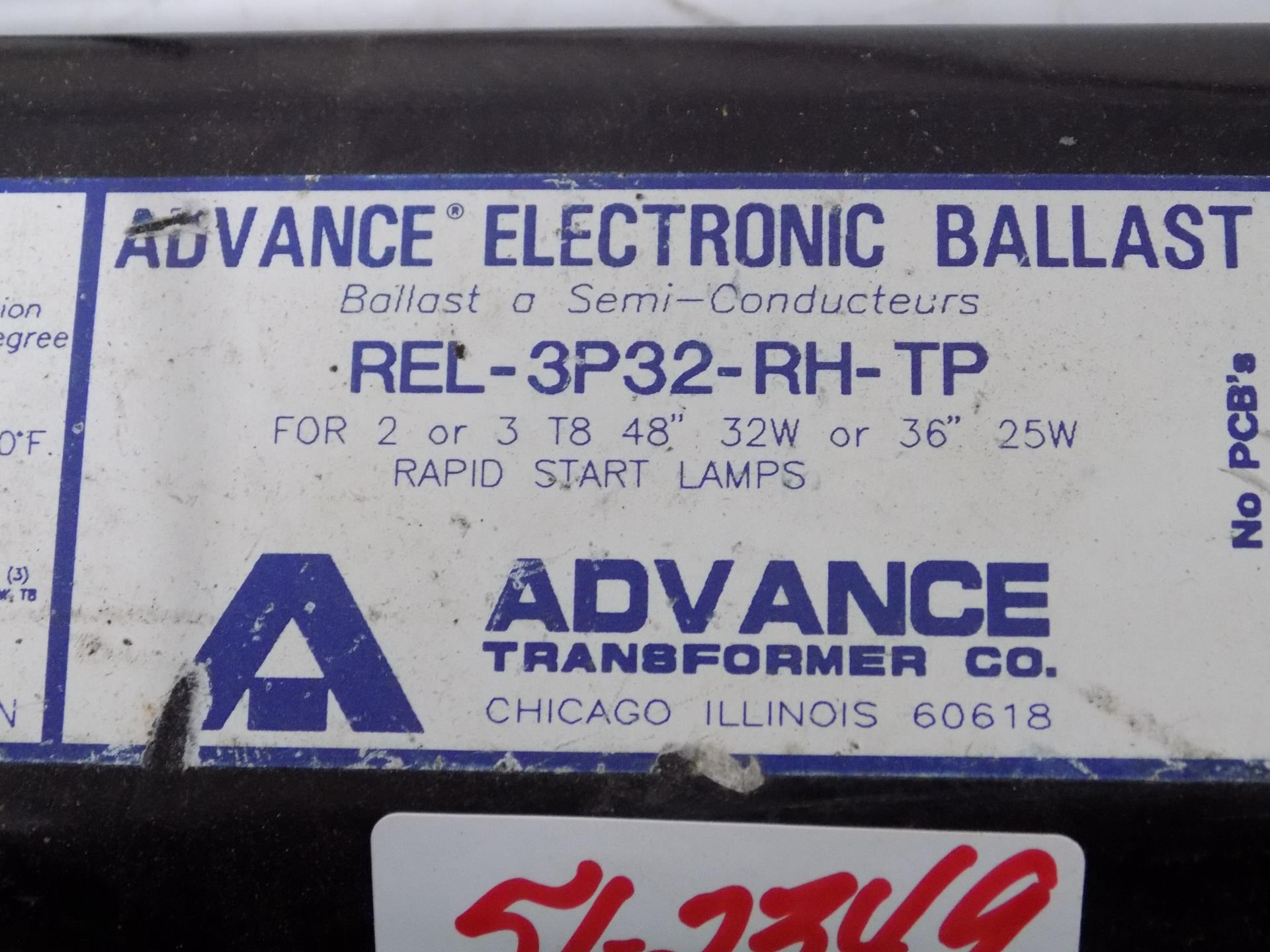 Advance Standard REL-3P32-LW-RH-TP 120V NIB FREE SHIPPING