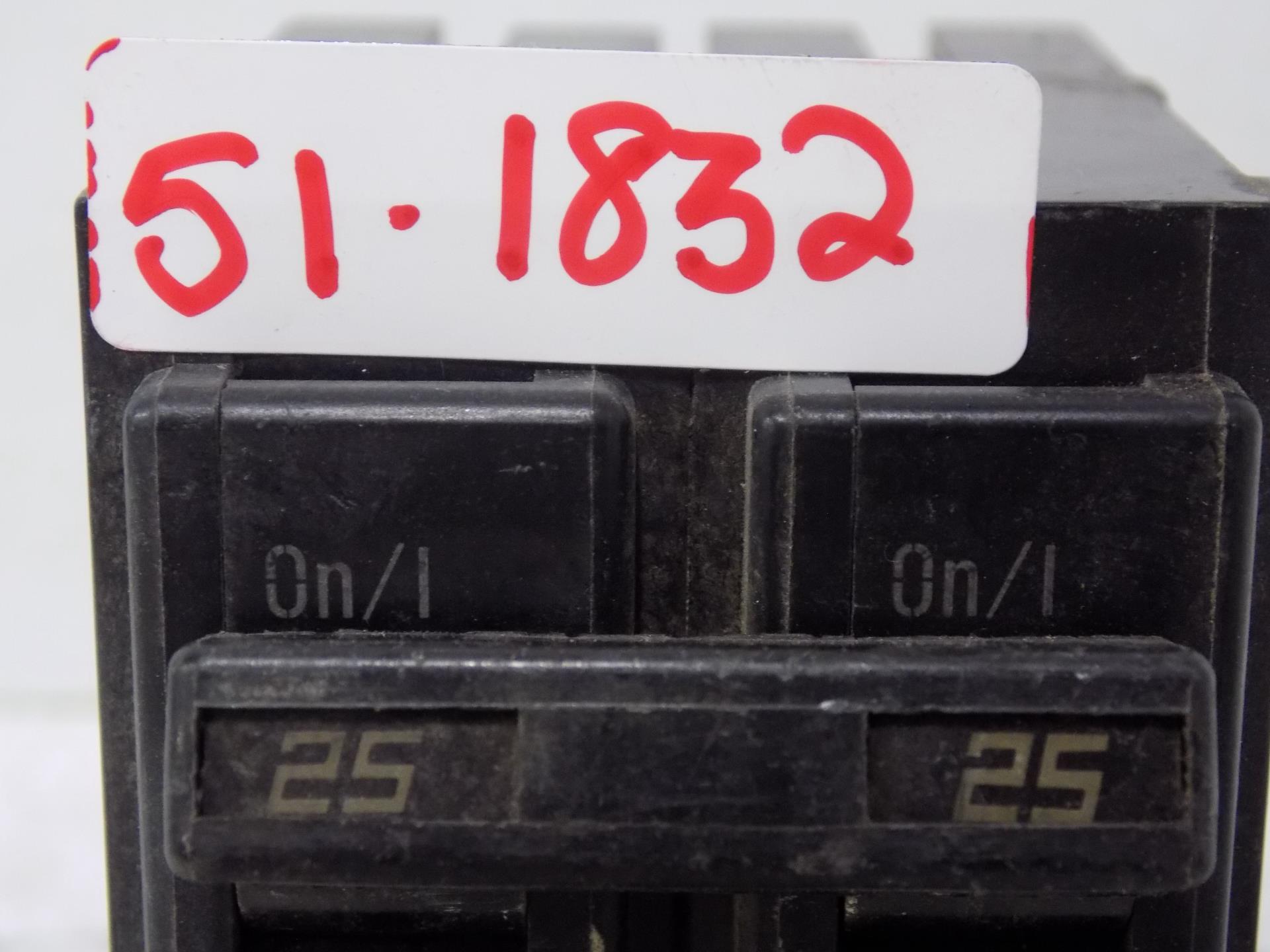 Challenger C225 2 Pole 25 Amp Plug In Circuit Breaker NEW