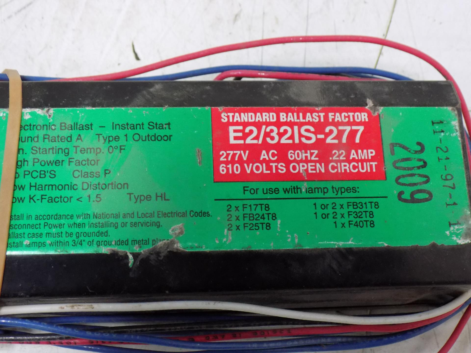 Howard Industries E2//32IS-277 277-Volt Ballast for or FB24T8 Bulb 277V F32T8 2
