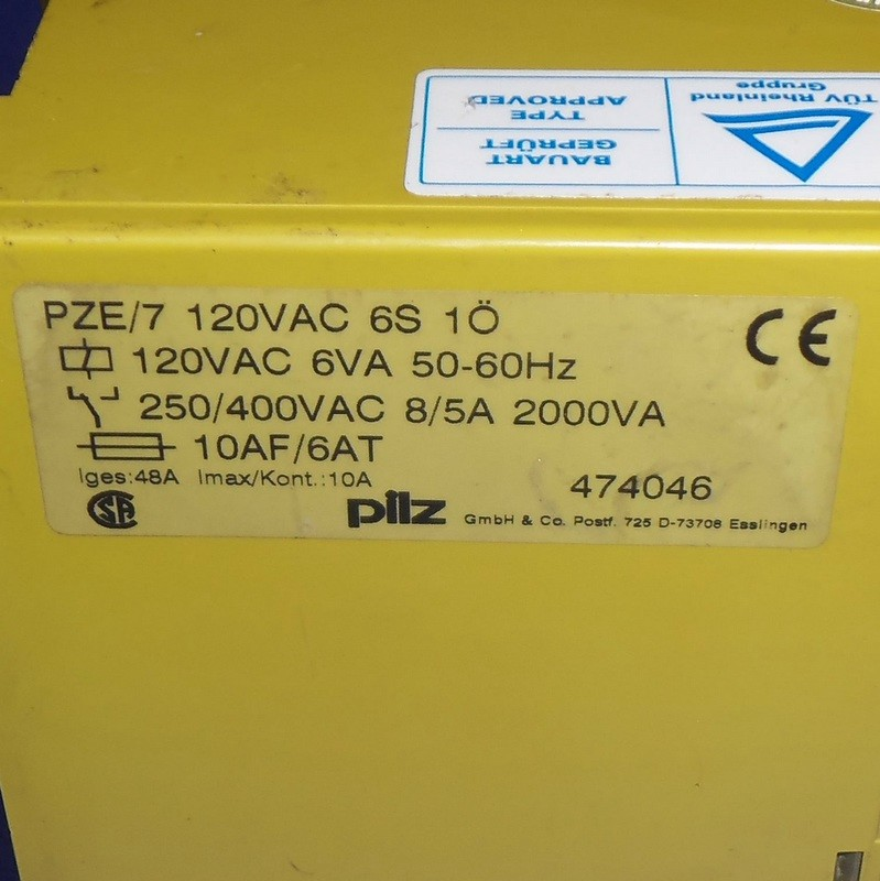 PILZ 120VAC SAFETY RELAY PZE//7 120VAC 6S 1O *LOT OF 2 *PZF*