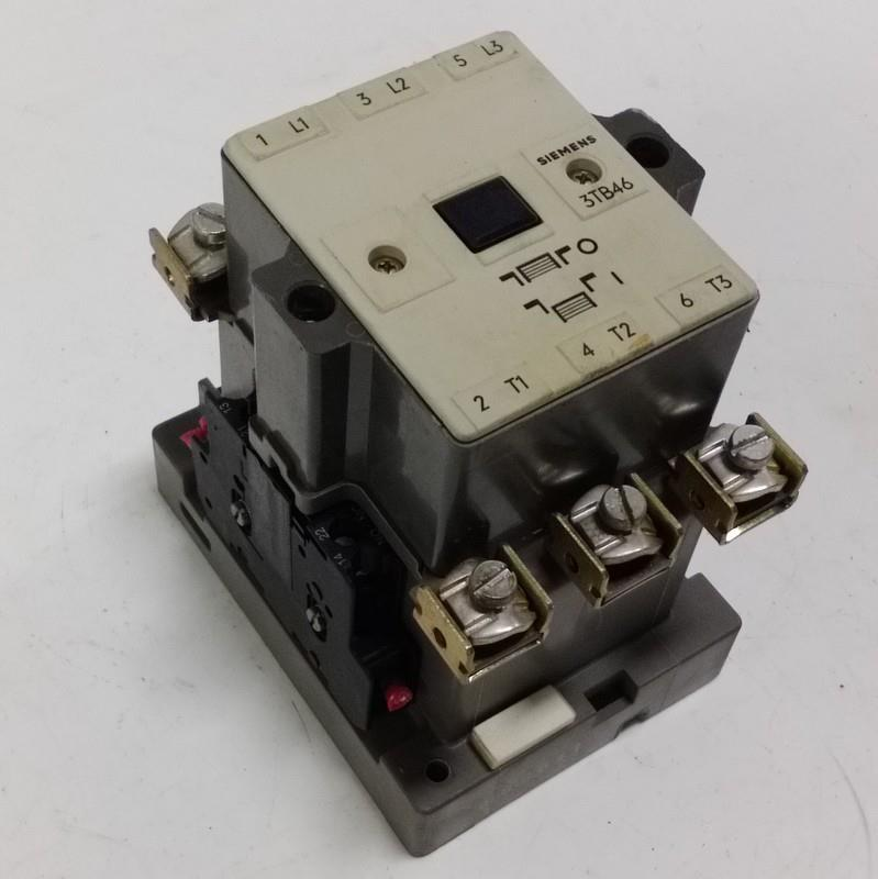 SIEMENS 3 POLE CONTACTOR 3TB46 17 0A PZB SIEMENS