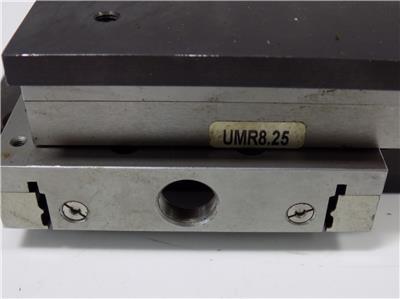 Newport UMR8.25 Linear Translation Stage BM17.25 Micrometer Pristine Cond