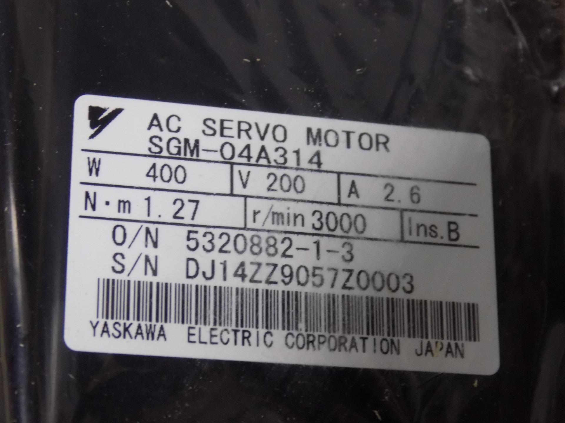YASKAWA AC SERVO MOTOR SGM-04A314 NIB Automation, Motors & Drives
