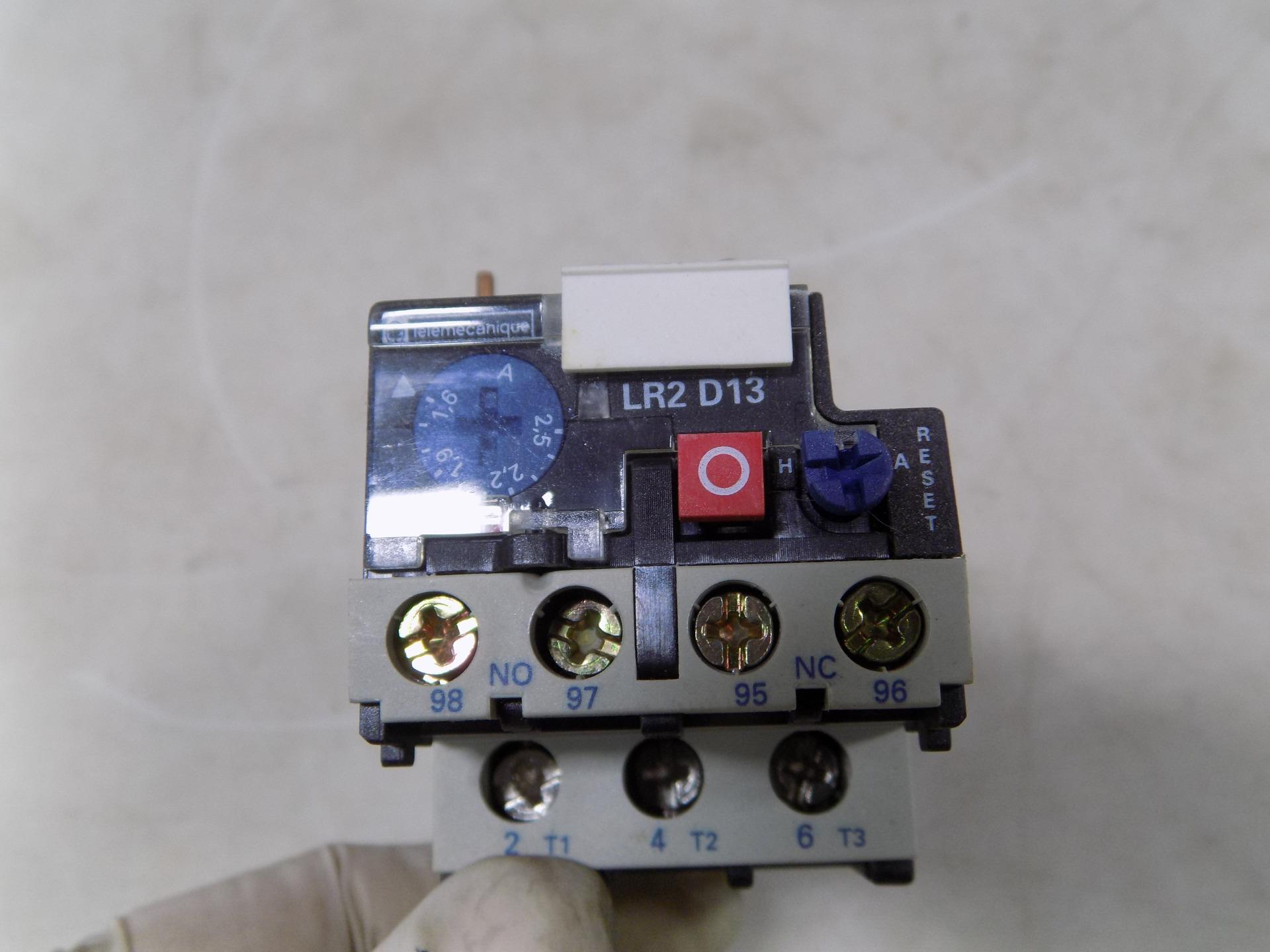 TELEMECANIQUE THERMAL OVERLOAD RELAY LR2D1307 NIB
