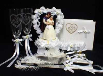 Disney Snow White Wedding Cake Topper Lot Glasses Knife Ebay