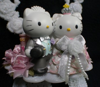 HELLO KITTY SANRIO Wedding Cake Topper Gift LOT Glasses Server Set Book Garter