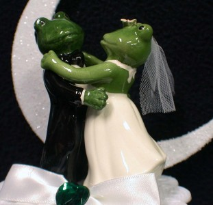 frog wedding cake toppers frogs quot our pad quot animal wedding cake topper top moonlite 4380