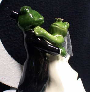 frog wedding cake toppers frogs quot our pad quot animal wedding cake topper top moonlite 14499