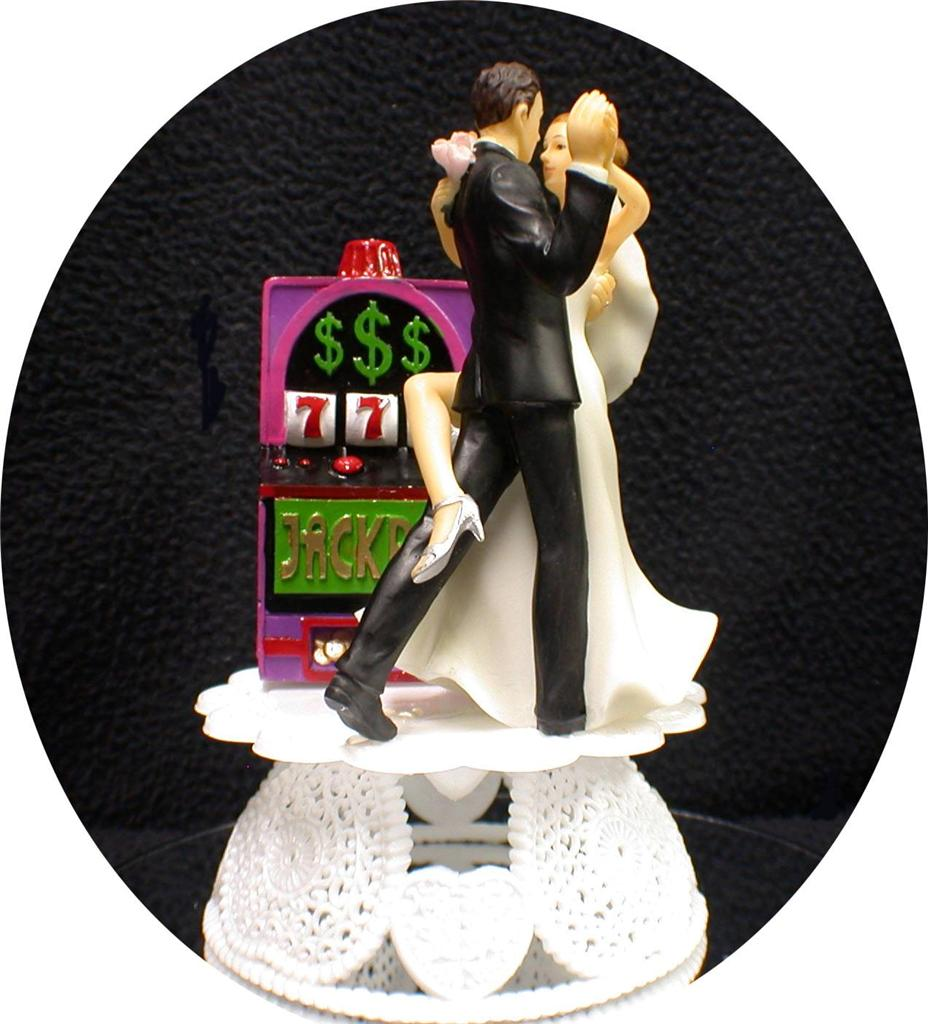 vegas wedding cake toppers uk slot machine las vegas wedding cake topper 21576
