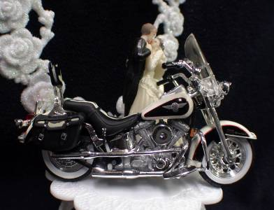 harley davidson wedding cake topper uk wedding cake topper w diecast heritage softail harley 15079