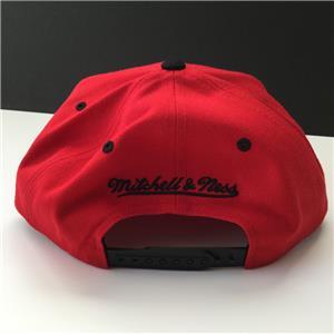 Mitchell   Ness NBA Chicago Bulls Adjustable Snapback Script Wool Blend Cap  Hat e597dfd99ac3