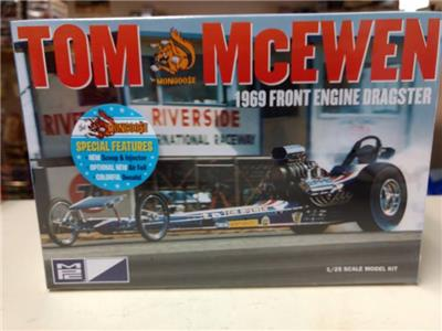 MPC 1//25 Tom McEwen 1969 Front Engine Dragster MPC900