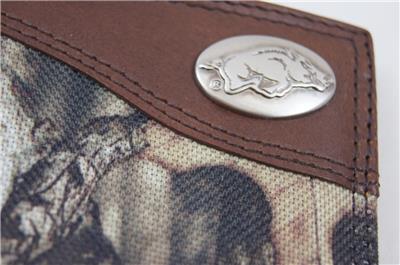 ZEP PRO Arkansas Razorback MOSSY OAK Camo  Trifold Wallet Tin Gift Box