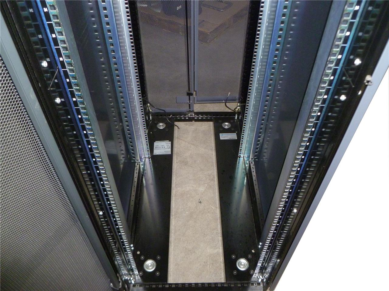 Rittal 42u Server Rack Computer Cabinet Enclosure 19