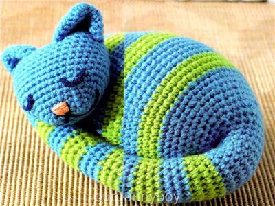 Free Cat Crochet Pattern Stripey ⋆ Crochet Kingdom | 300x400
