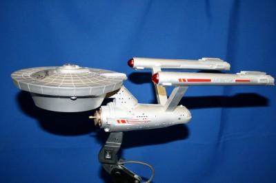 Star Trek Uss Enterprise Ncc 1701 Swivel Desk Lamp Ebay