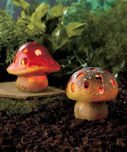 New Ceramic Realistic Solar Garden Mushrooms Whimsical