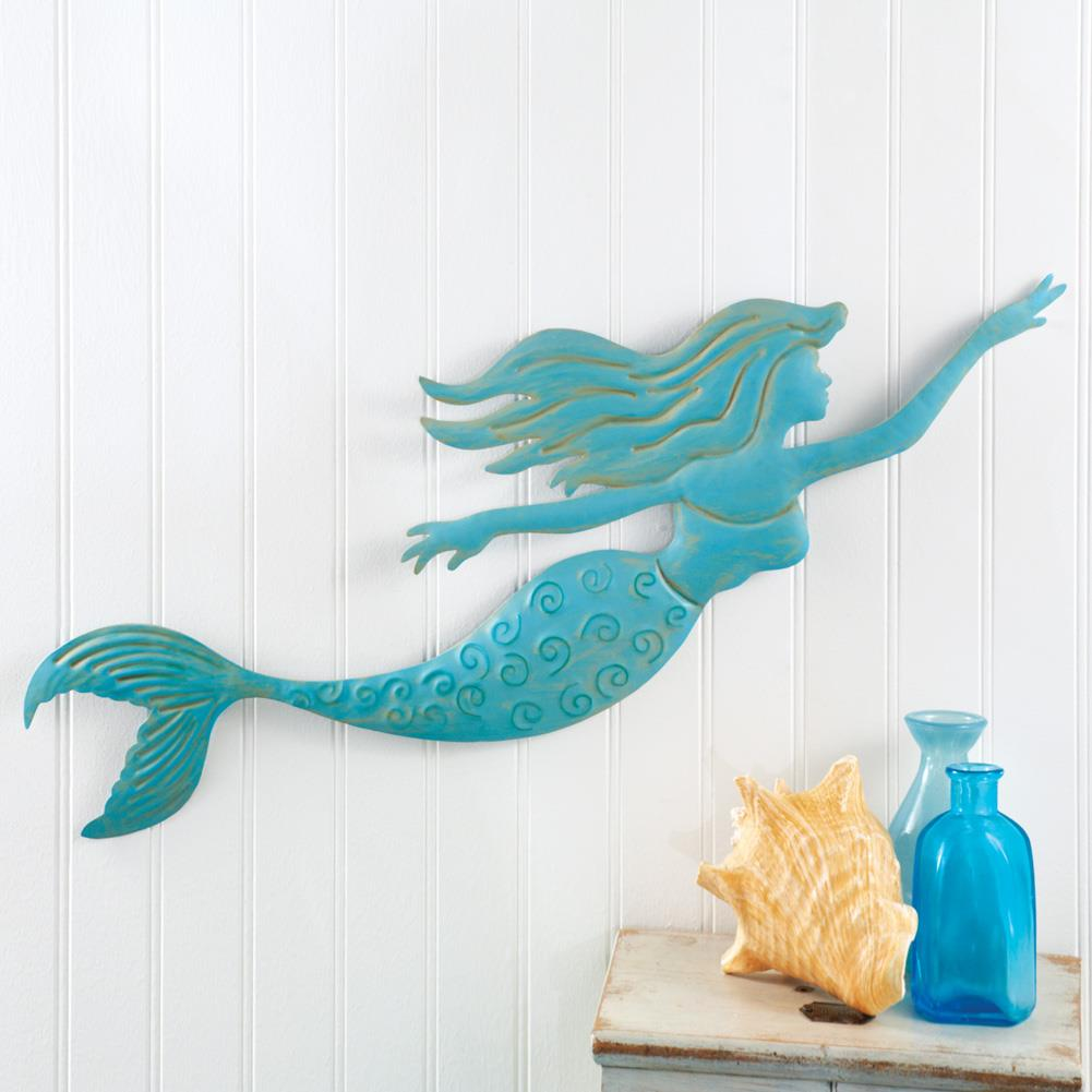 Beautifully Detailed Metal Mermaid Will Make A Lovely Beach Inspired Addition To Your Home S Décor The Dimensional Piece Features Swimming