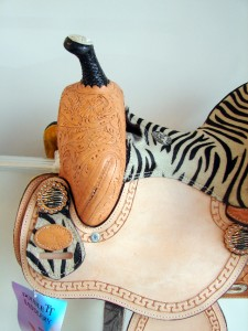 NATURAL LEATHER Western Trail Barrel Racer Saddle HORSE TACK