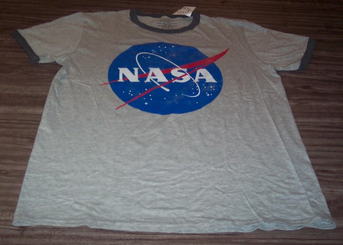 VINTAGE STYLE NASA Astronaut T-Shirt LARGE NEW w/ TAG - Ad ...