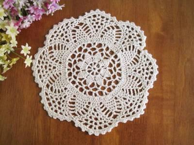 Vintage Style Hand Floral Crochet Chic Border Cotton Round Beige Doily