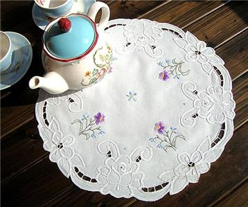 Elegant England Style Hand Flower Embroidery Hemstitch White Cotton Doily