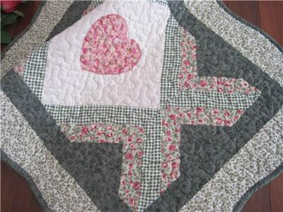 Applique esther quilt amish countrylanes quilts quilts for all