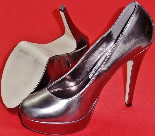 NEW Women's ELLE CASEY PEWTER High Heel Slip On Fashion