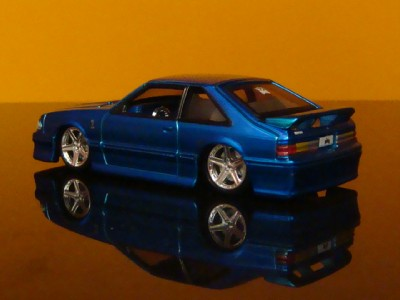 1993 Ford Mustang Cobra 1/64 Scale Limited Edition 6 Detailed Photos