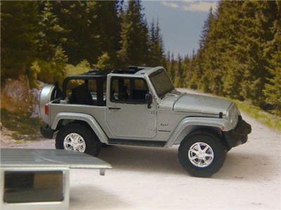 jeep yj wrangler w removable hard top 4x4 on off roader 1 64 scale ltd edit m ebay. Black Bedroom Furniture Sets. Home Design Ideas