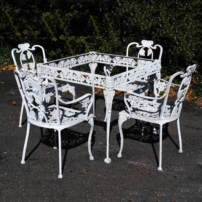 Vintage Garden Table And Chairs Set