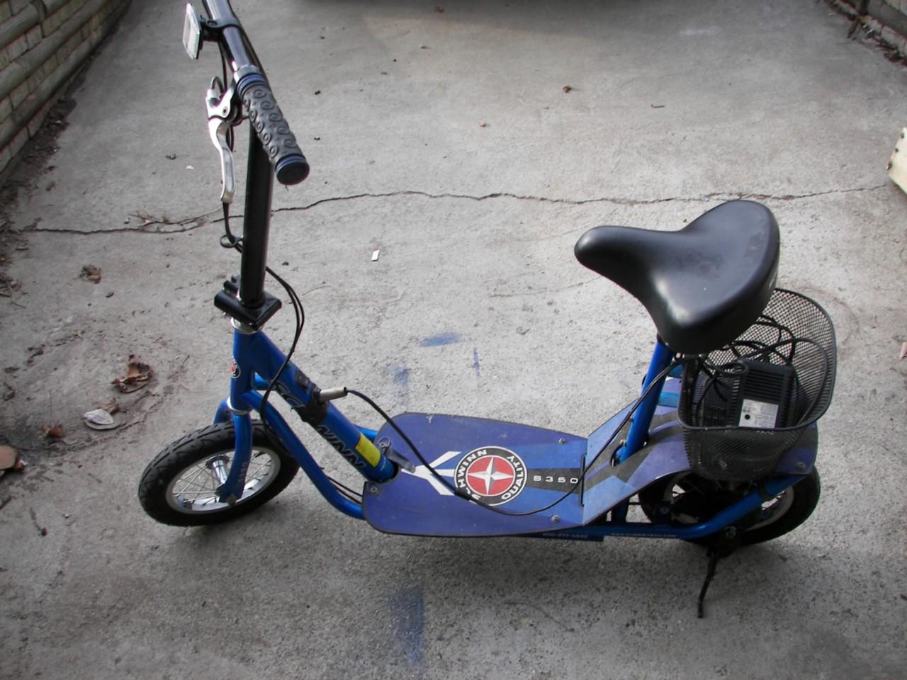 Schwinn Full Suspension Electric Scooter