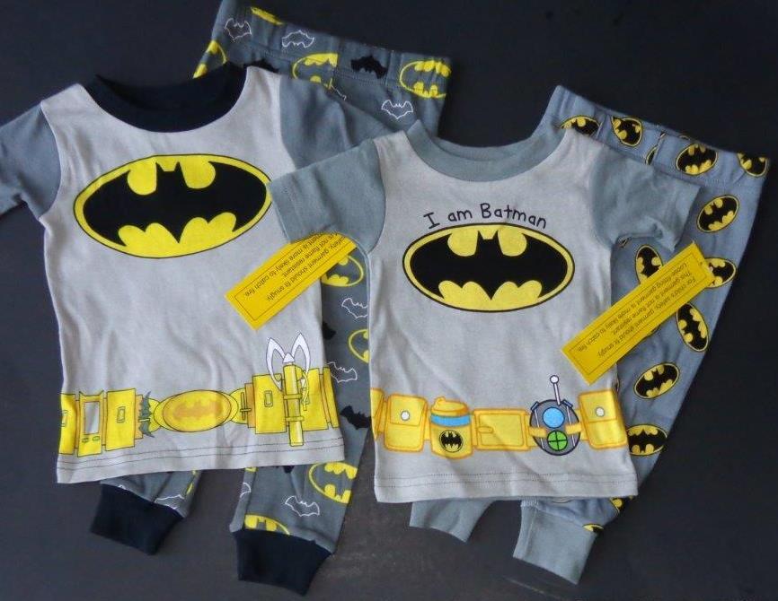 BATMAN Boys 12 18 24 Mo 2T 3T 4T Pjs Set Costume PAJAMAS Shirt Pants Super  Hero 182053de5