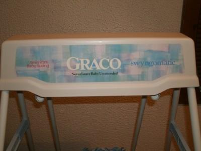 Graco Vintage Easy Entry Swingomatic Wind Up Baby Swing