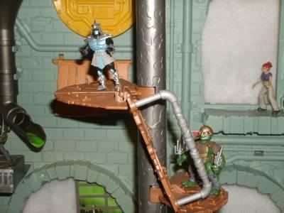 Teenage Mutant Ninja Turtle Secret Sewer Lair Playset W 23