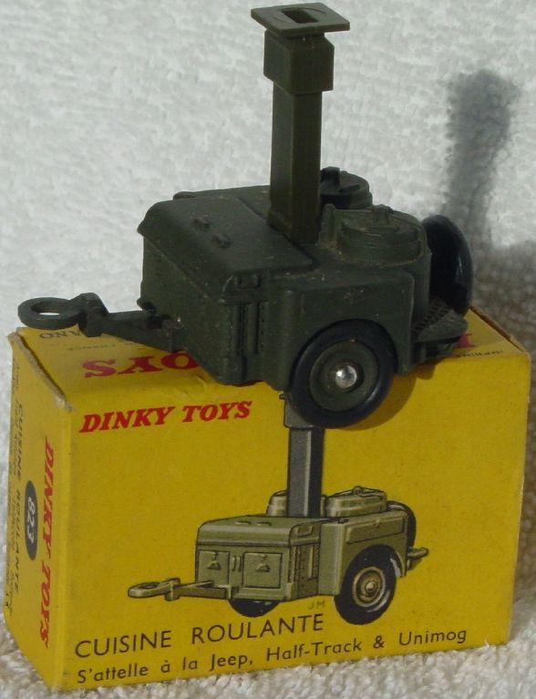 Dinky 823 - Army Field Kitchen three slight chips