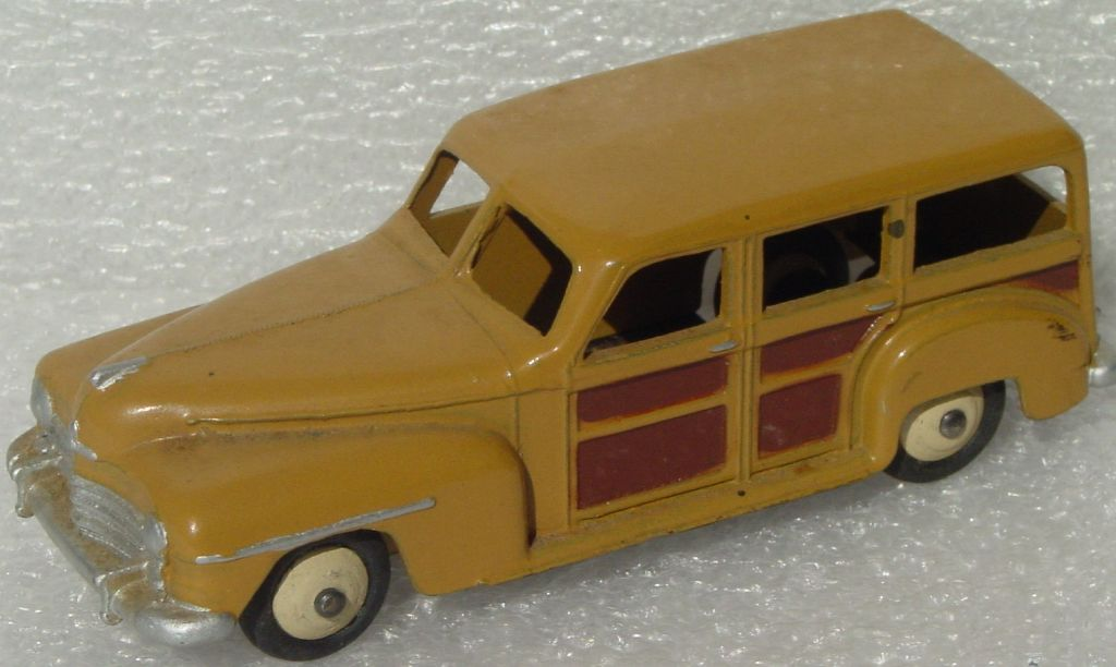 Dinky 344 - Plymouth Woody Brown/Tan base initials