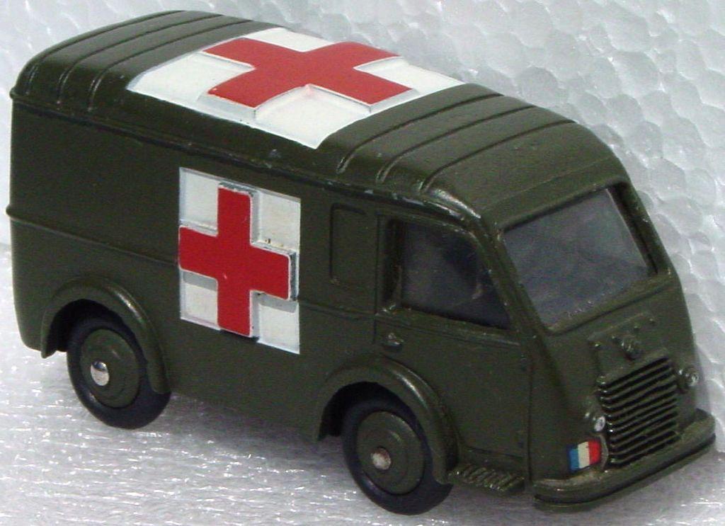 Dinky 80 F - Renault Military Ambulance